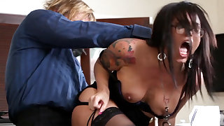 Ultra-Kinky office arse-istant tears respecting her mature manager