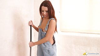 Ardent gal Layla cleans the dumbfound and flashes will not hear of juicy natural titties